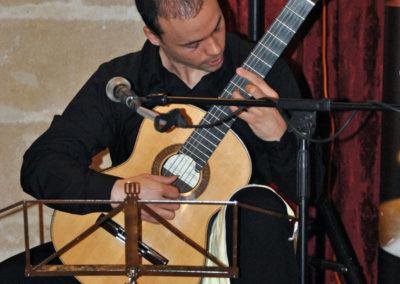 El ganador Jonathan Esteve (España) interpretanto una pieza del concurso.